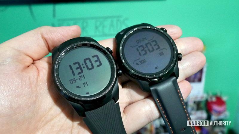 So sánh Ticwatch Pro 3 và Ticwatch Pro 4G/LTE