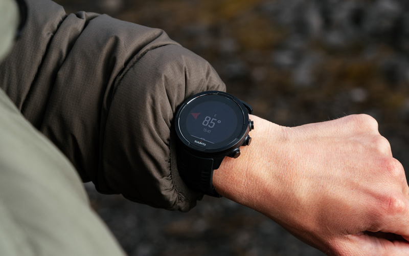 Đồng hồ chạy bộ GPS Suunto 9