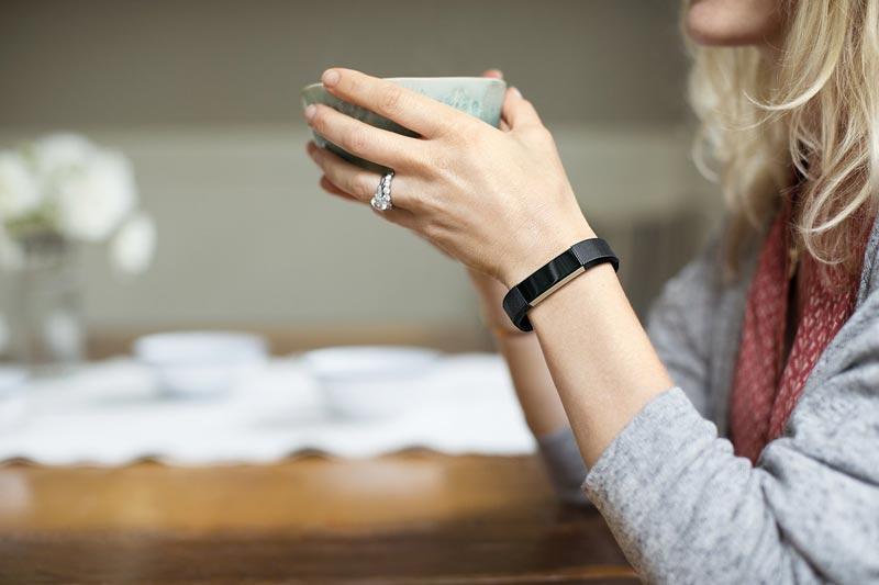 Vòng đeo theo dõi sức khỏe Fitbit