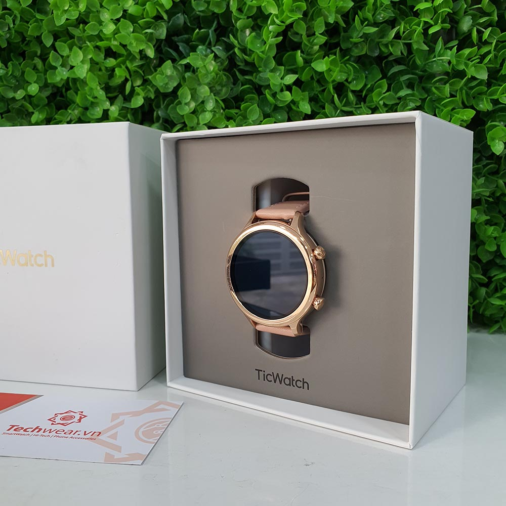 Ticwatch C2 - hàng like new 98%