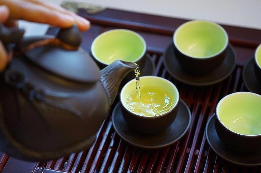 Góc kinh nghiệm] Tiêu chí đánh giá trà ngon từ các nghệ nhân làm trà |  Plantrip Cha