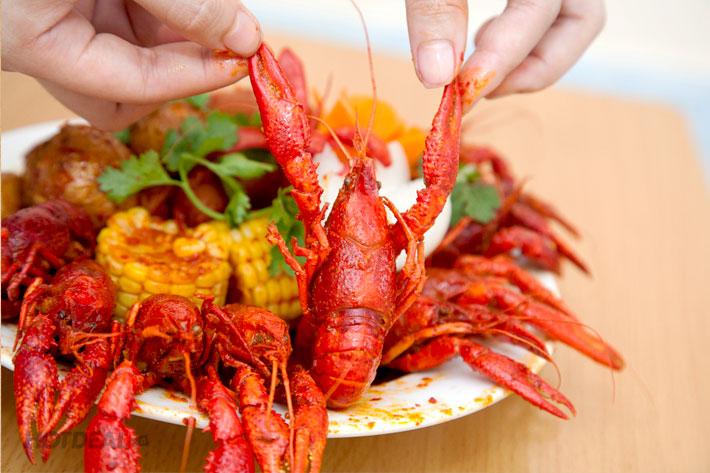 crawfish nấu kiểu lousiana