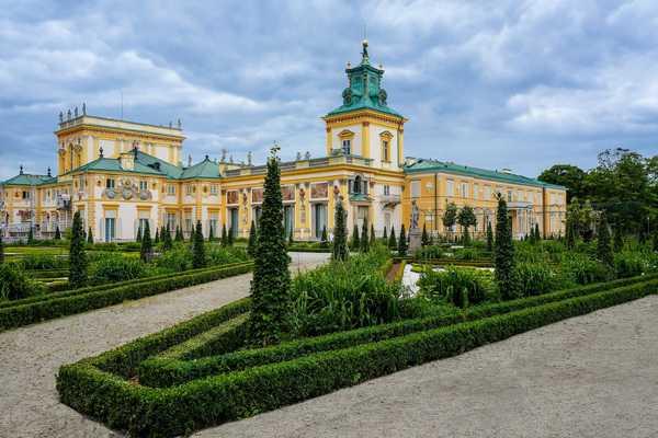 Cung điện Lazienki