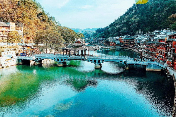 Du Lịch Trương Gia Giới Phượng hoàng cổ trấn Trung Quốc SCO VIỆT NAM