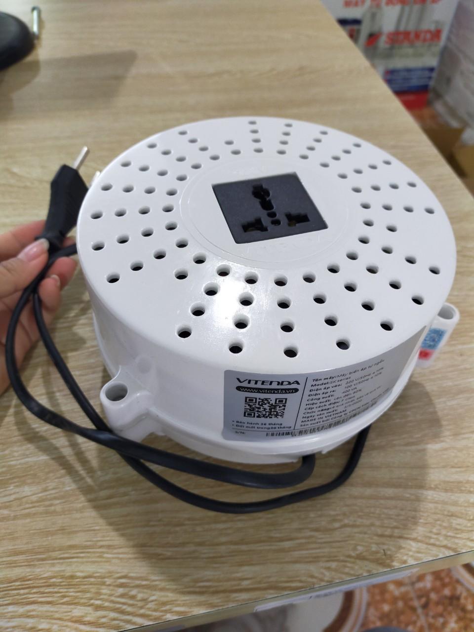 Bộ đổi nguồn 400VA nhựa tròn Vitenda