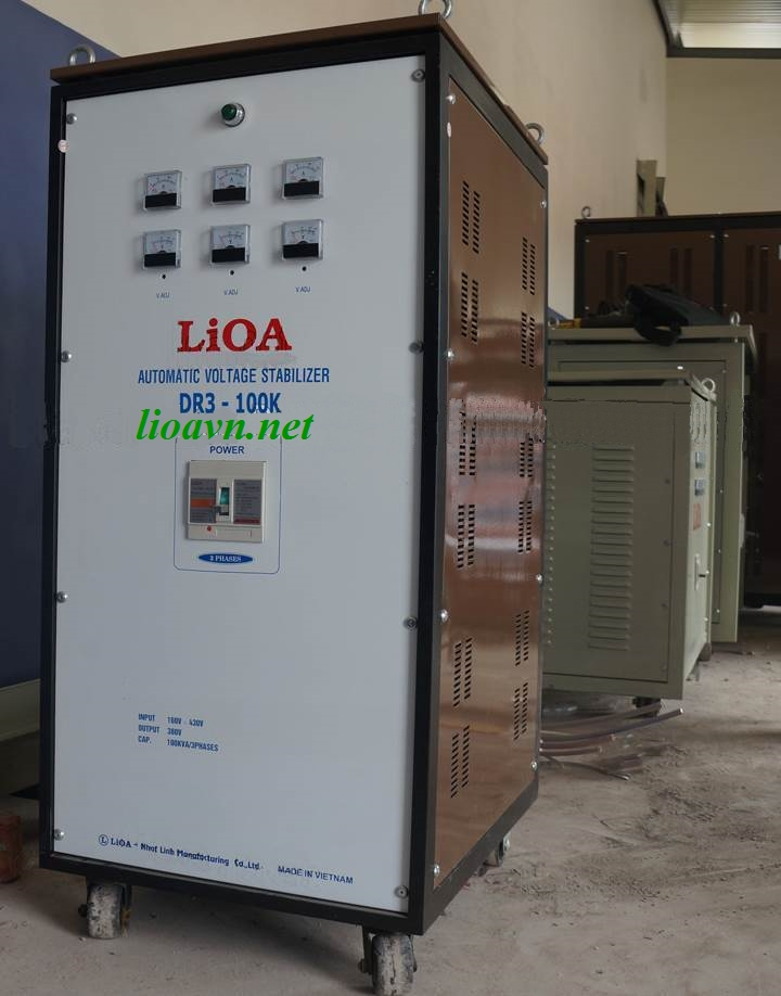 ỔN ÁP LIOA DR3-100K 3 PHA