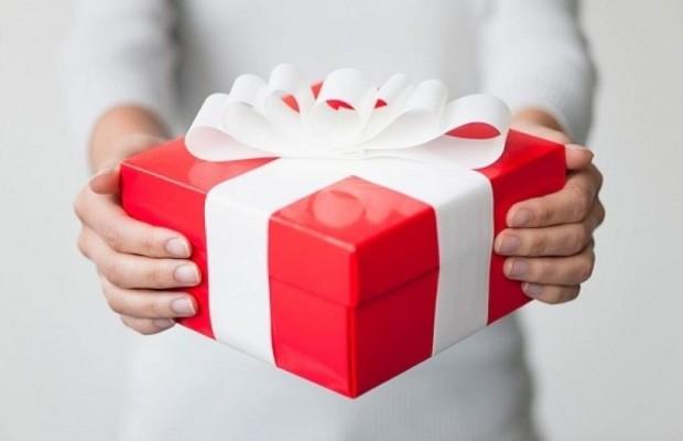 Đi tiệc nhà mới hay mừngtân gia nên mua quà nào ý nghĩa?