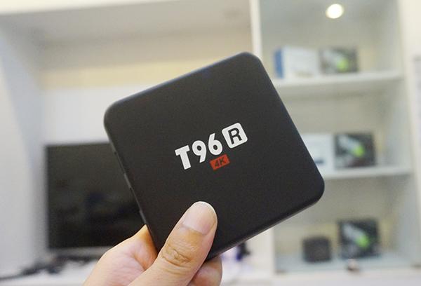 TV Box T96R Rockchip RK3229 Ram 2G kết nối Bluetooth cực mạnh