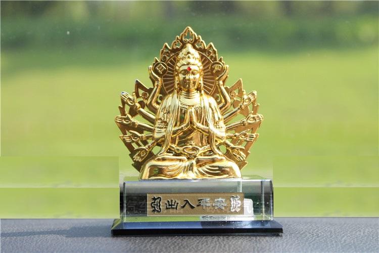 Phật quan âm mạ vàng nghìn tay xe hơi A09_035