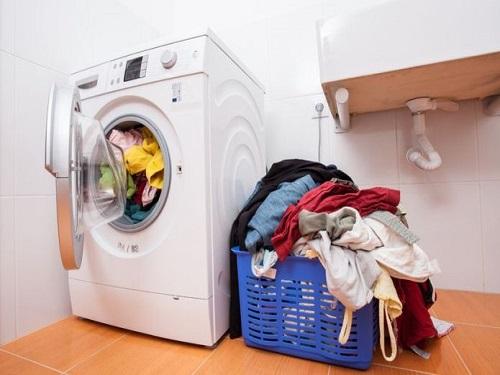 Tại sao máy giặt Electrolux đắt tiền hơn ?