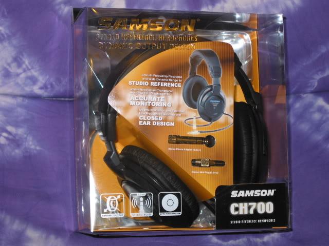Headphone kiểm âm Samson CH700