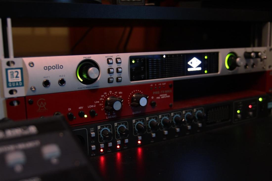 Sound card thu âm UAD Apollo Quad