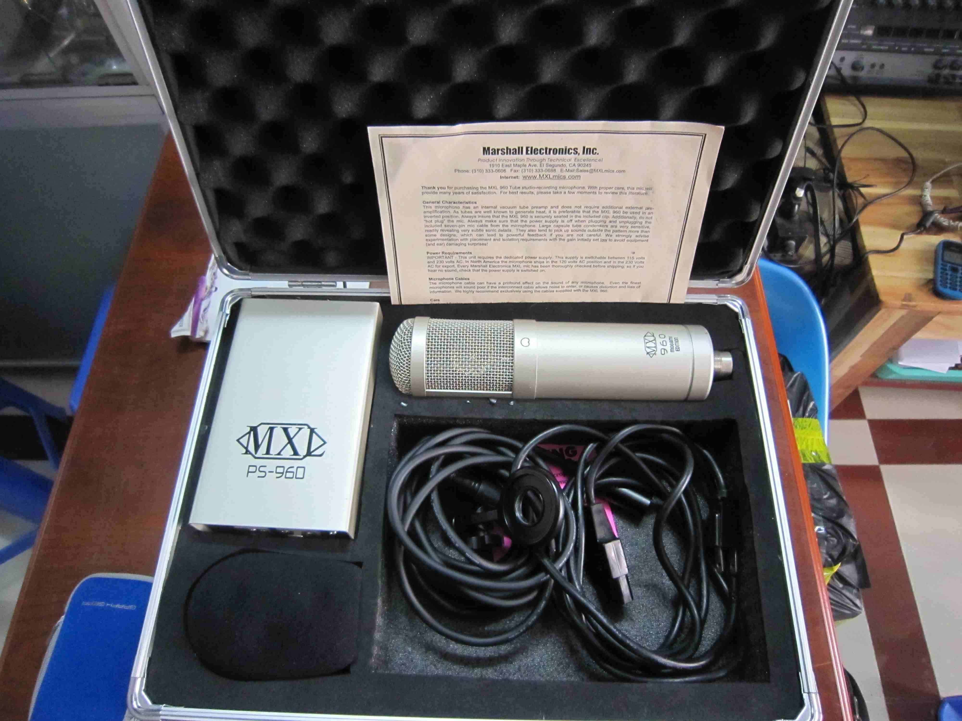 Micro thu âm MXL960