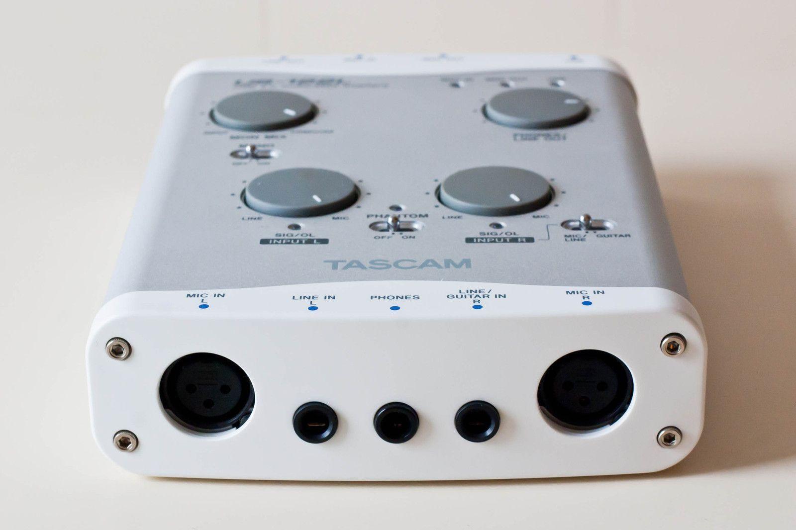 Sound card thu âm Tascam 122L