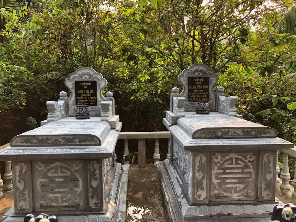 Thi công 2 ngôi mộ ông bà cho gia đình anh Chương Long An
