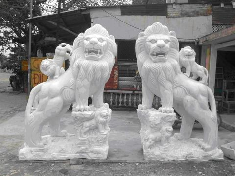 Sư tử đá 05
