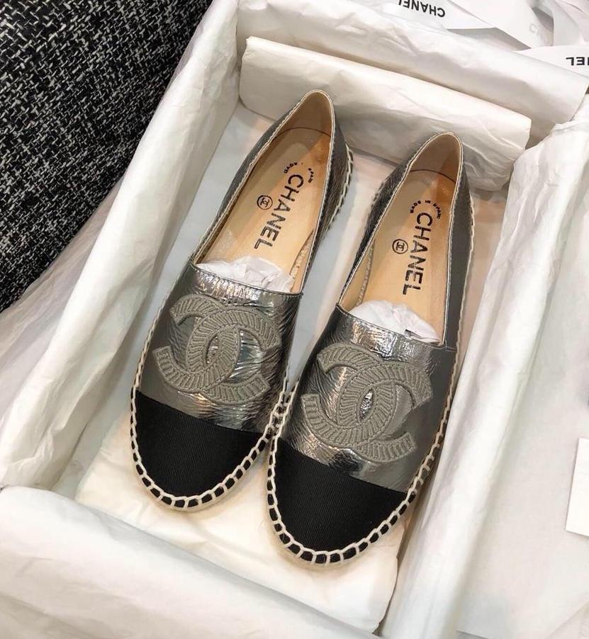 C23-49 Chanel giày lười đế cói siêu cấp