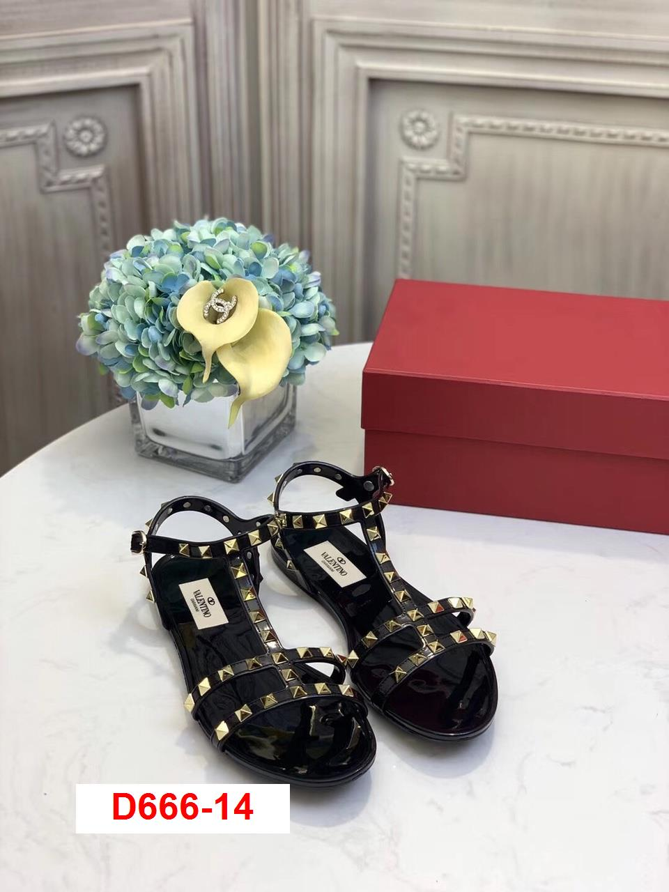 D666-14 Valentino sandal bệt siêu cấp