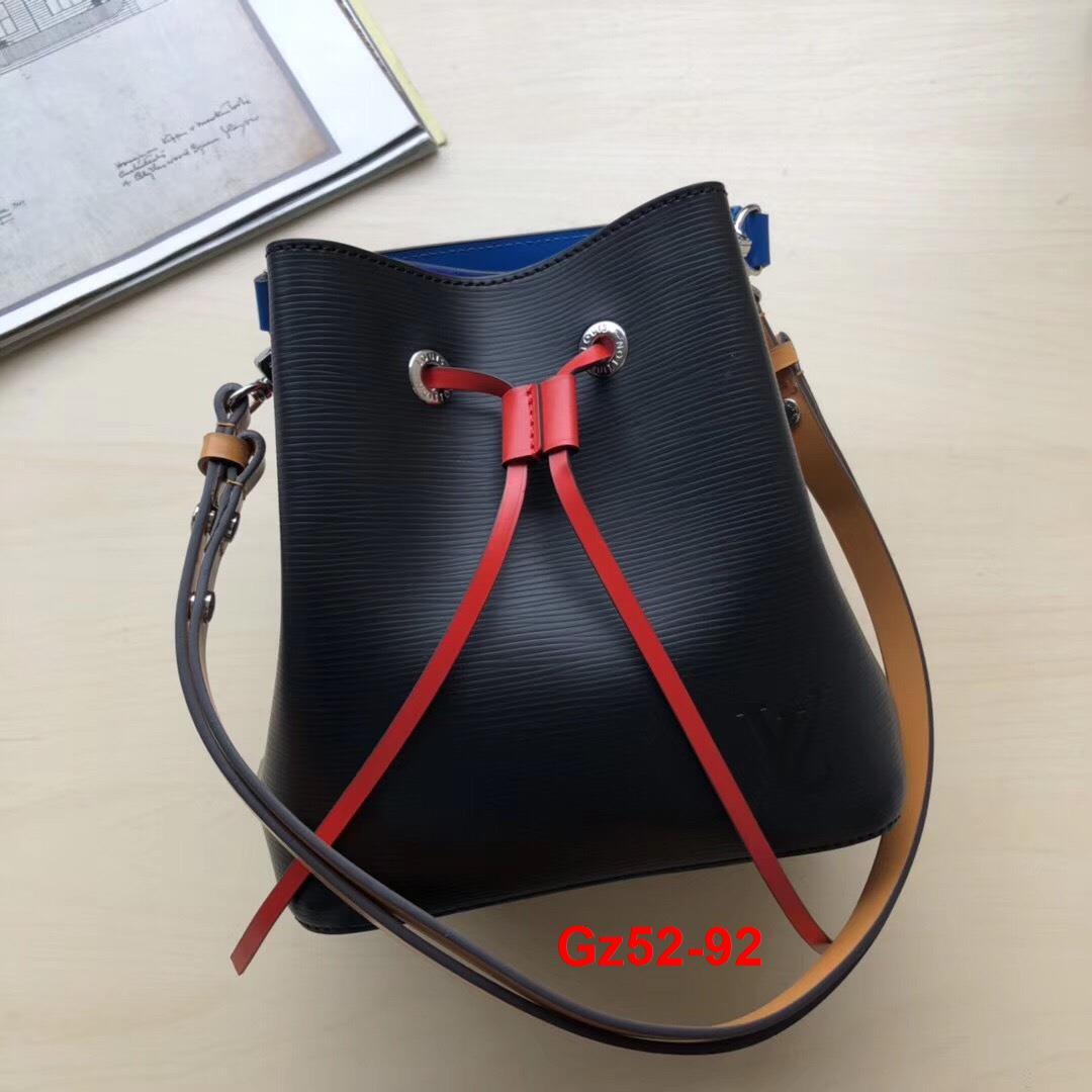 Gz52-92 Louis Vuitton túi size 20cm siêu cấp