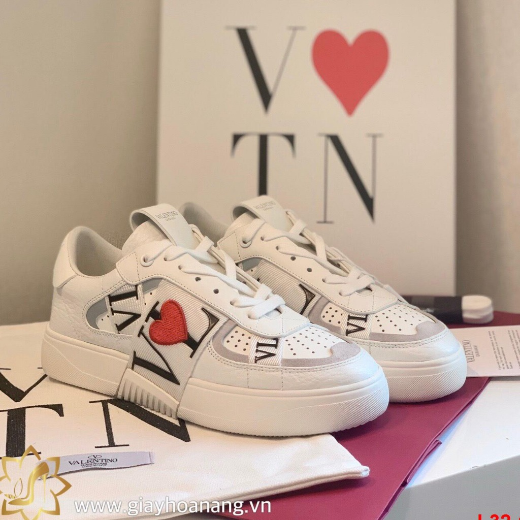 L32-13 Valentino giày thể thao siêu cấp