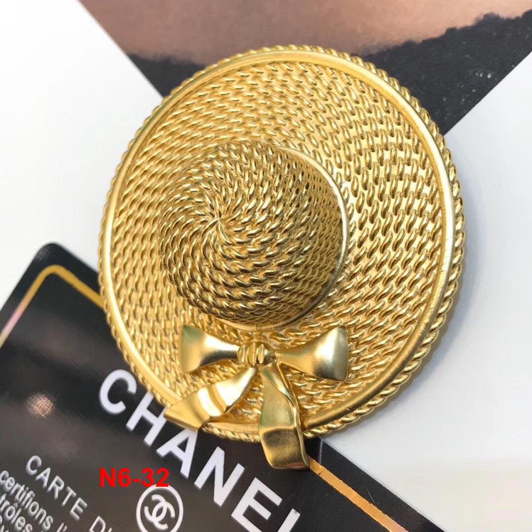 N6-32 Chanel cài áo siêu cấp