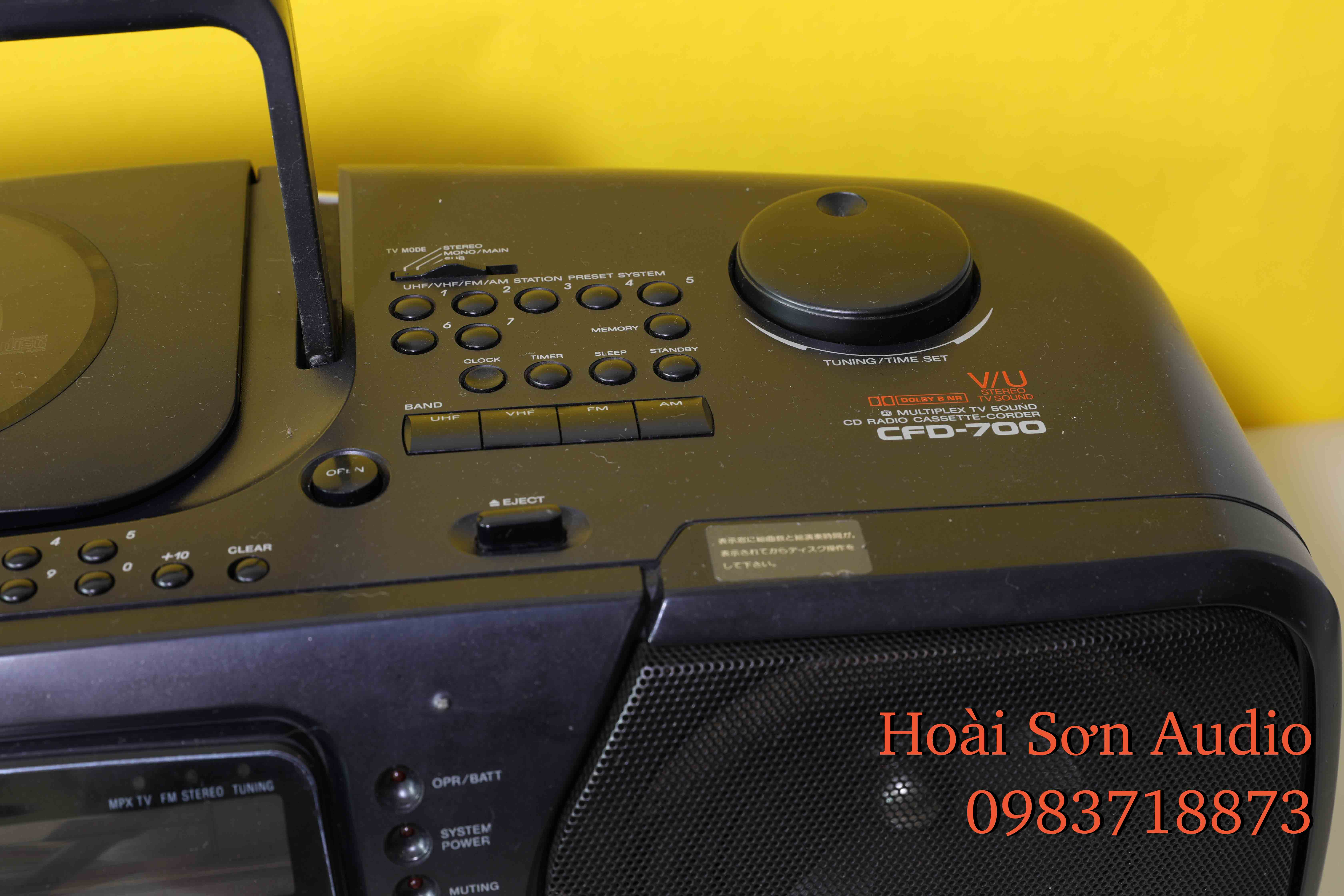 BOOMBOX SONY CFD700