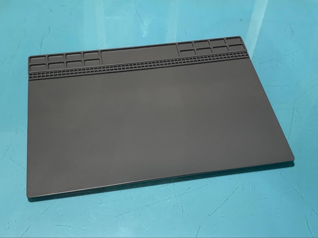 Tấm lót bàn silicone chịu nhiệt độ cao 25x35cm