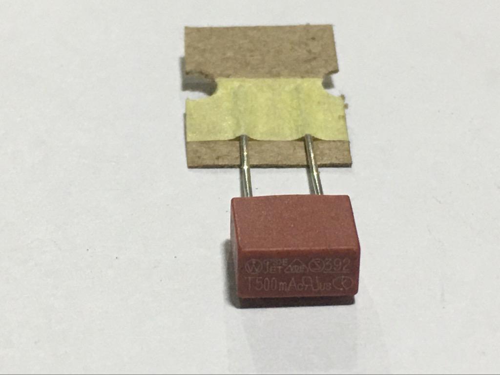 Cầu chì vuông 392 8.5x7.8x4mm