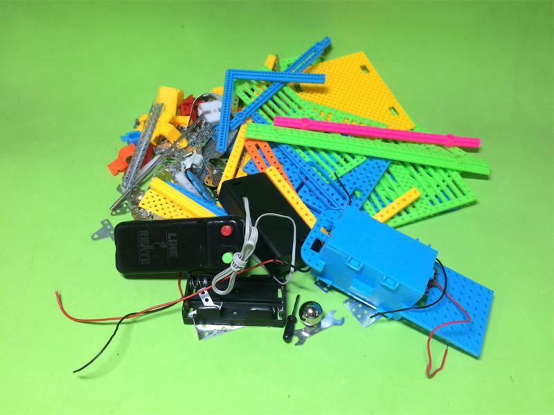 Bộ lắp ráp thực hành bằng nhựa  lỗ 2mm