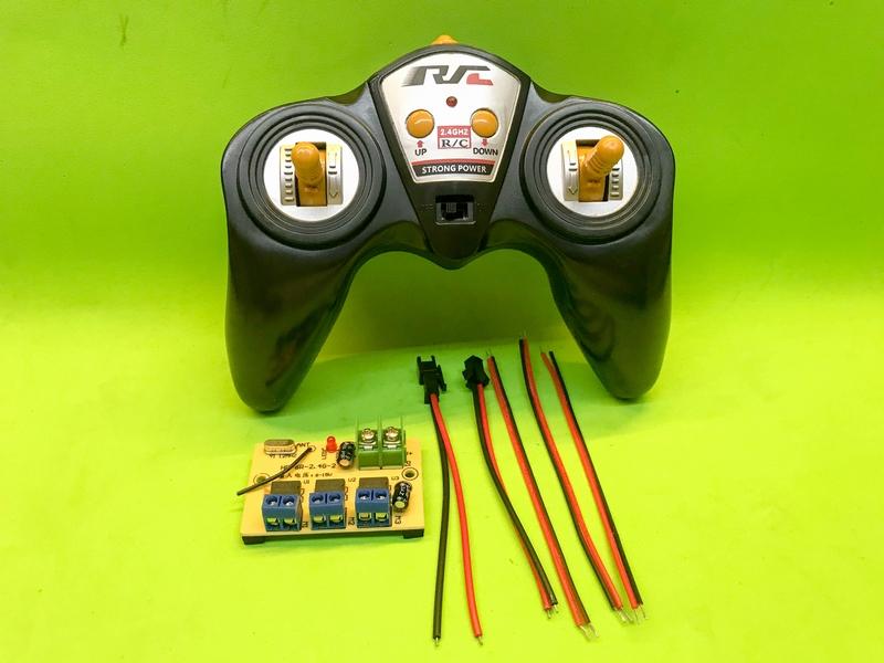 Bộ tay điều khiển từ xa và bộ thu cho tầu thủy, ô tô đồ chơi