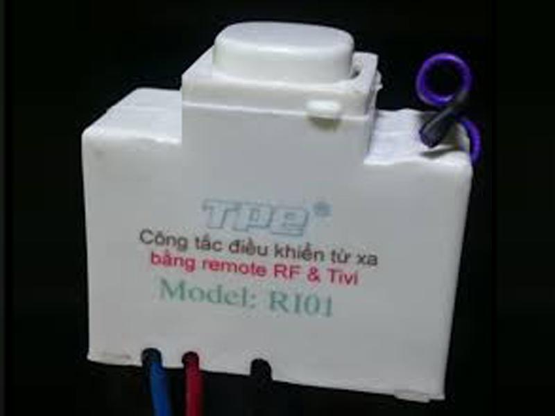 Công tắc điều khiển từ xa sóng RF TPE RI01