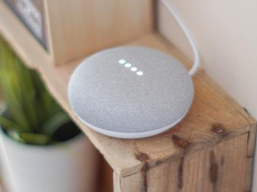 Google Home Mini- loa thông minh tích hợp trợ lý ảo Tiếng Việt