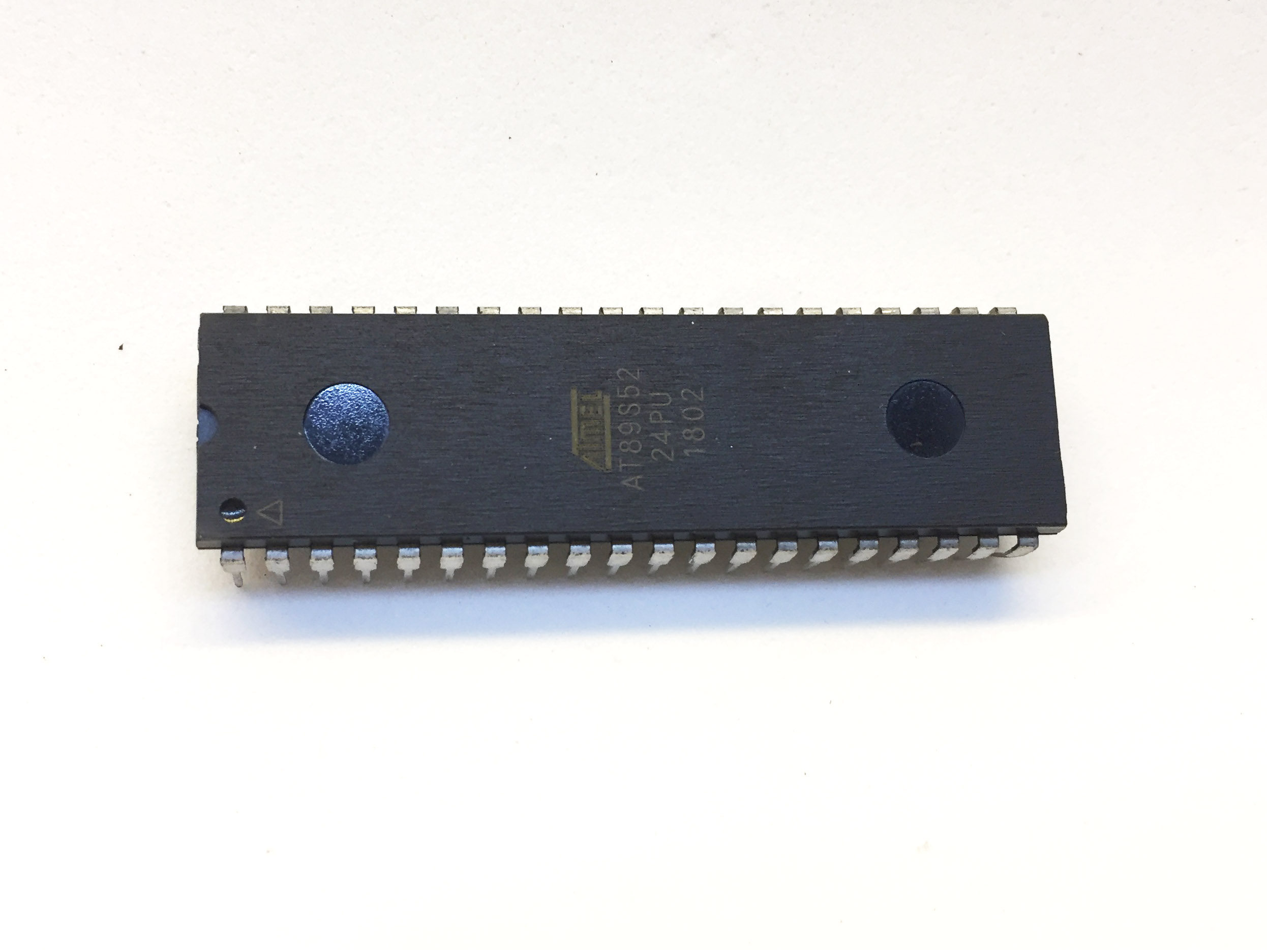 IC AT89S52-24PU