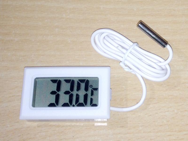 Đồng hồ Led đo nhiệt độ có đầu dò