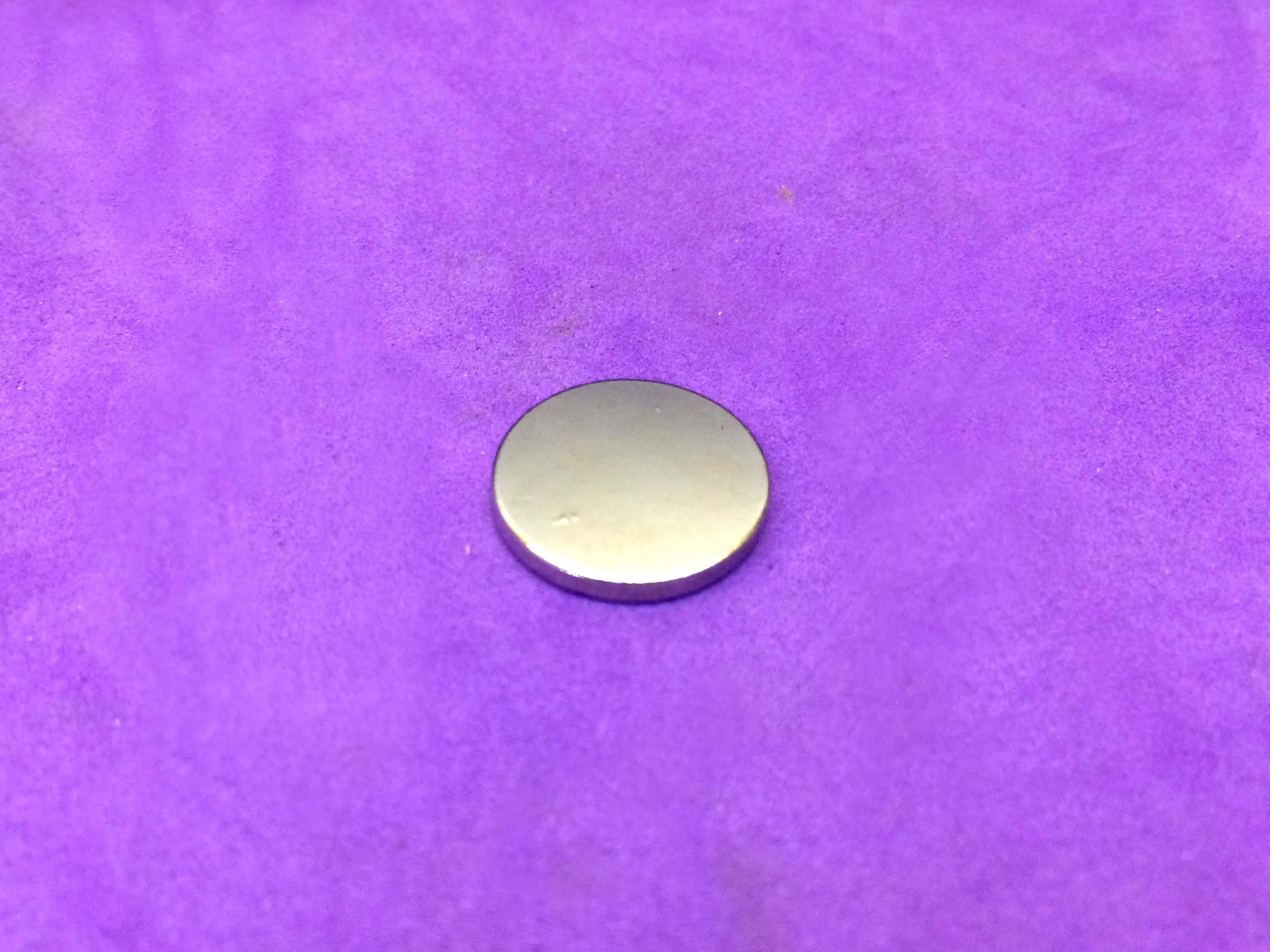 Nam châm đất hiếm thép trắng fi 15mm dày 3mm