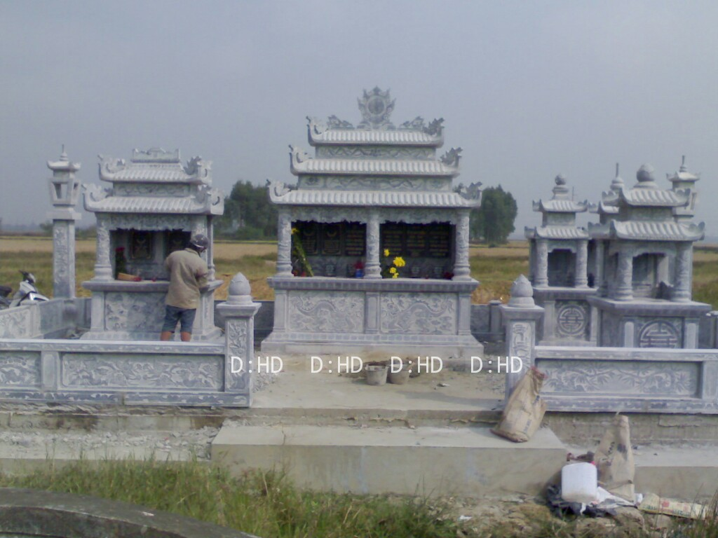 khu lăng mộ đá 25