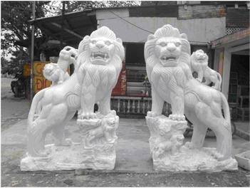 Sư tử đá 02