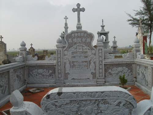 Khu lăng mộ đá 09
