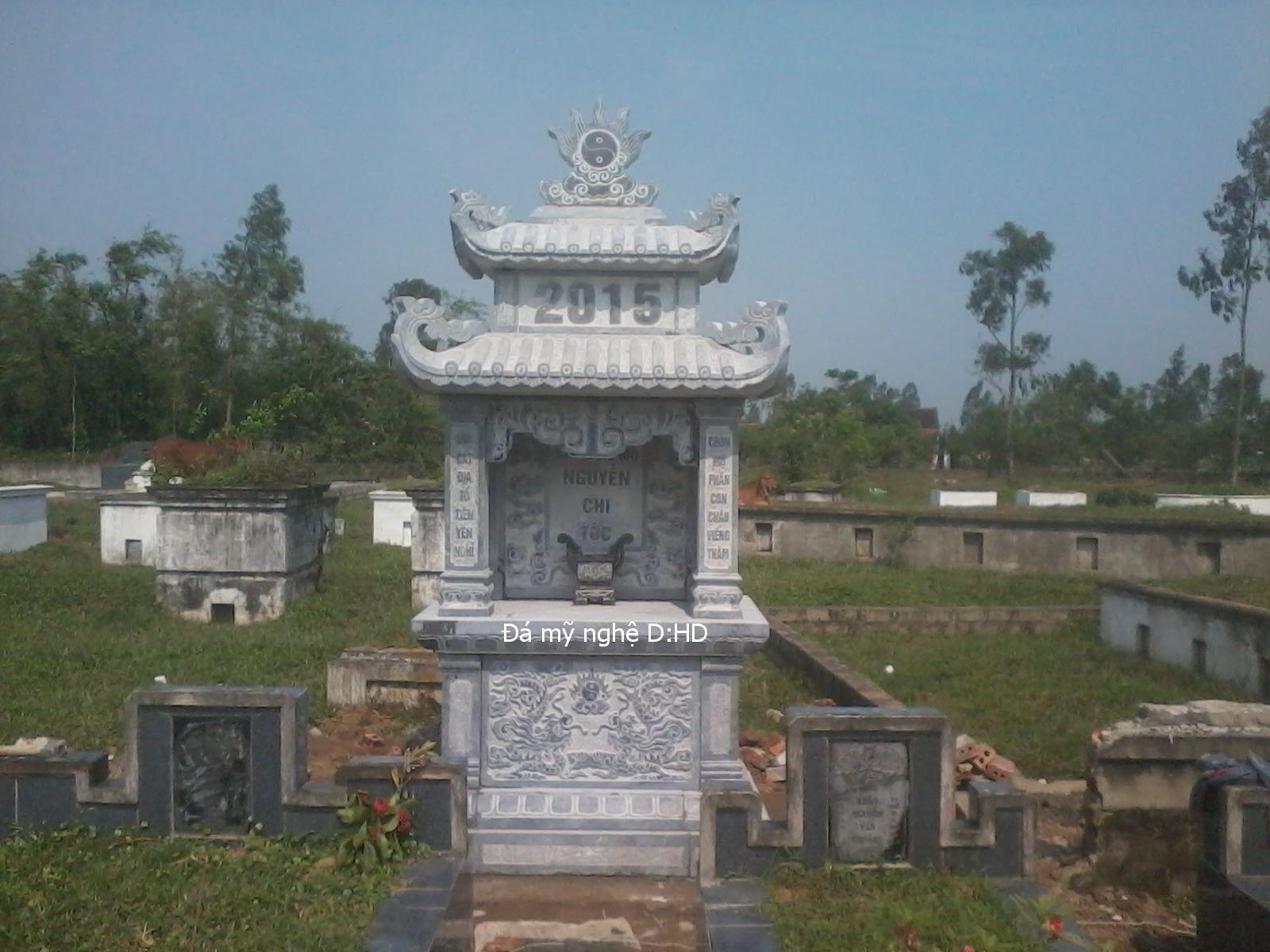 Lăng thờ đá 31