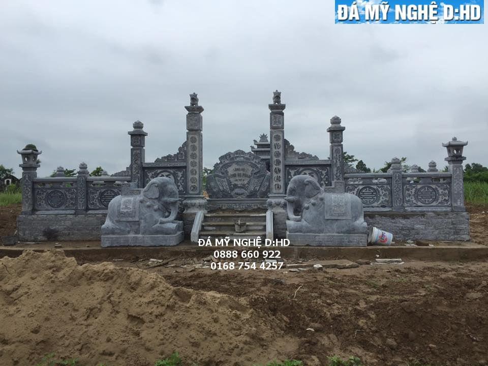 khu lăng mộ đá 44