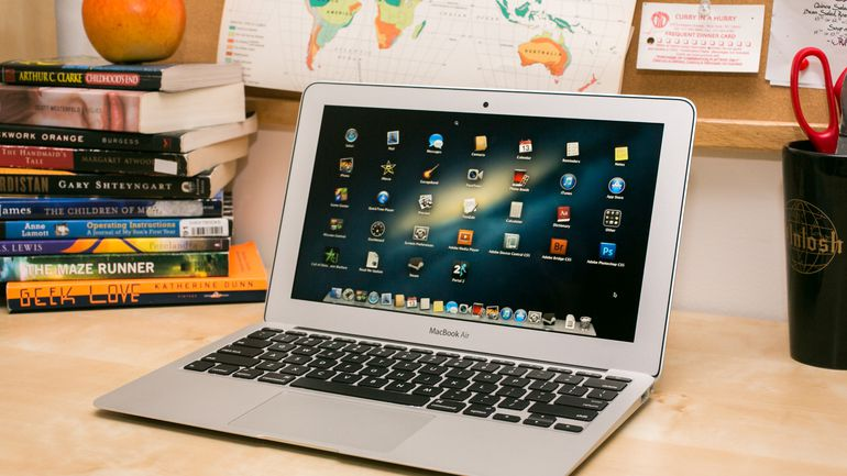 MacBook Air 11 MF067LL/A 2014