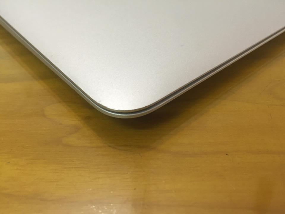 macbook air mjve2 bi can goc