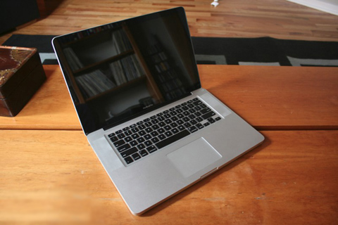 MacBook Pro Mid 2009 15inch 2.66 GHz Intel Core 2 Dou