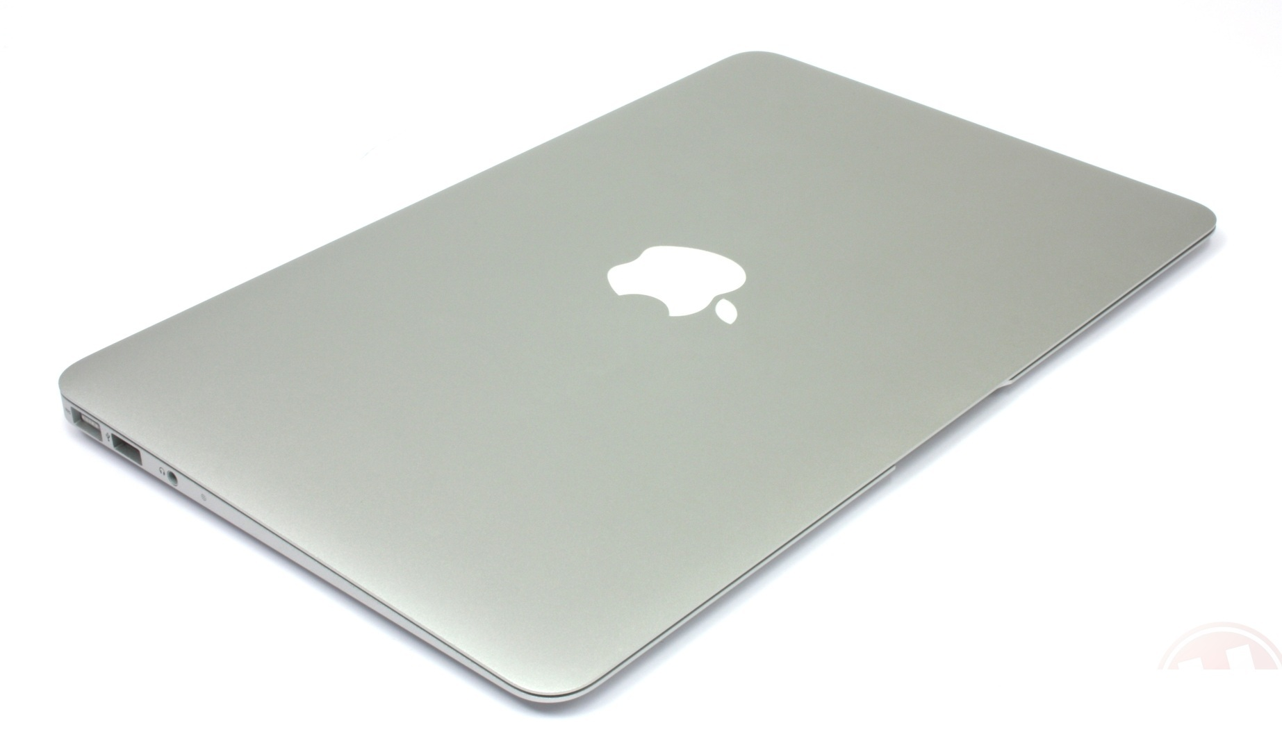 apple-macbook-air-11.6-mc968