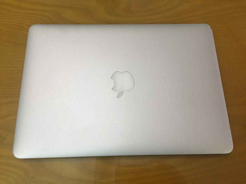 macbook air 13 inch cu