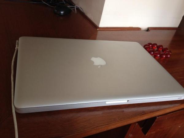 MacBook Pro MC118 / 2009  / 15.4