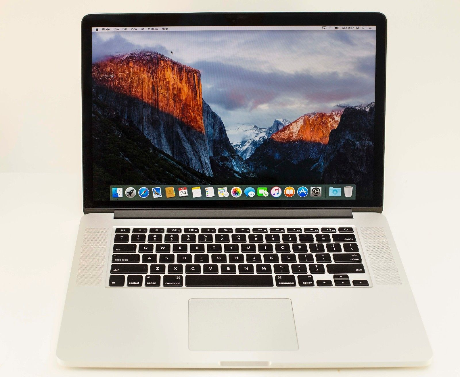 Macbook-Pro-15-inch-Retina MD831