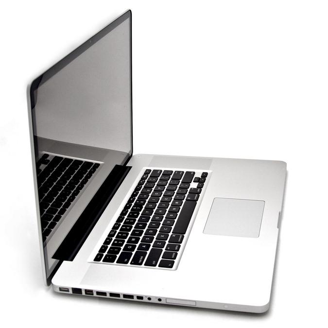 """MacBook Pro MD318 / LATE 2011 / 15"""" / Core i7-2675QM 2.2 GHz / RAM 4G"""