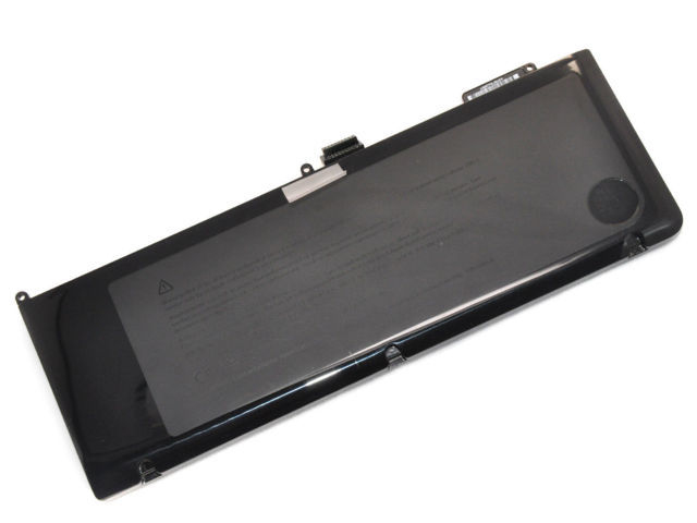 "Thay pin laptop MacBook Pro 15"" MC372"