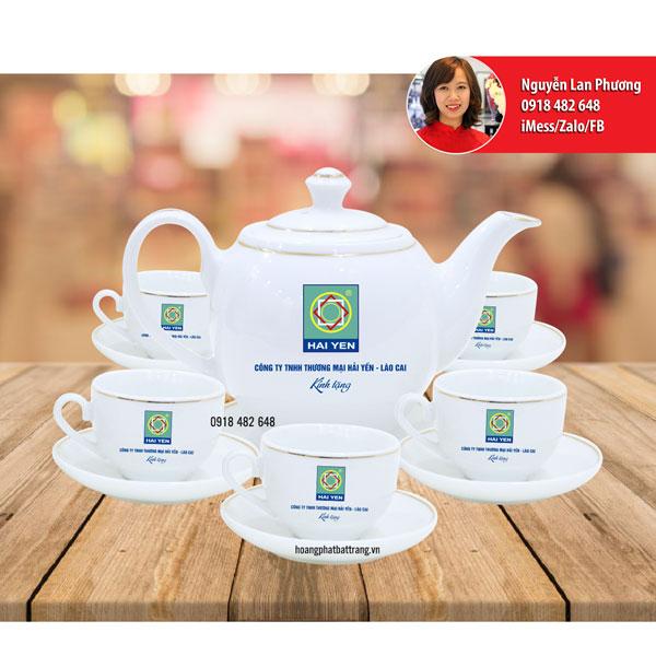 Ấm chén in logo Thương mại Hải Yến - Lào Cai